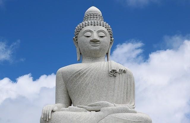 der große buddha von phuket